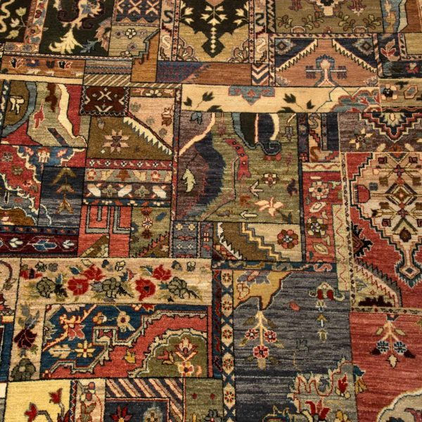 Traditional Persian Hand Knotted Rug